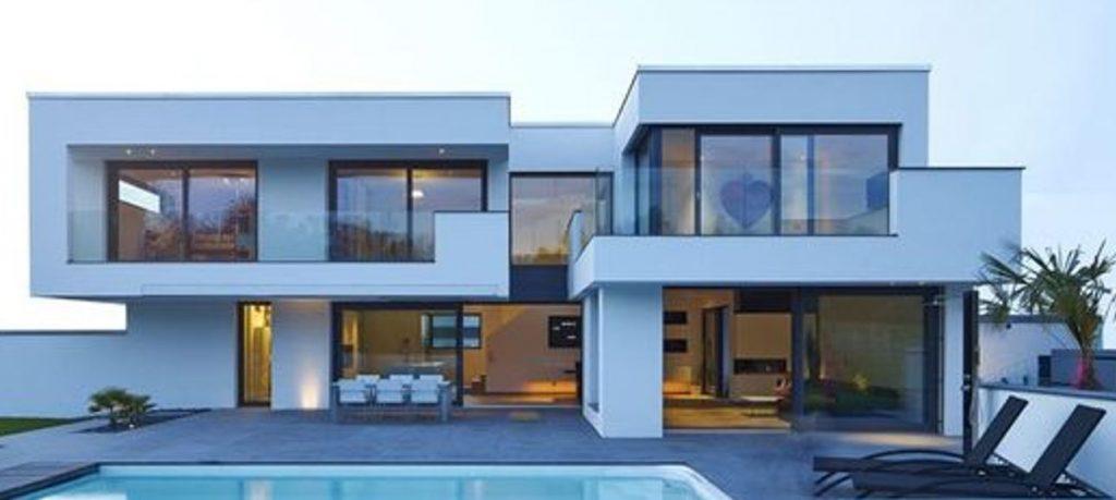Designer Constructeur de Maisons à l architecture Futuriste Sur Mesure, découvrez nos plans, modeles, idées à toit plat ou 4 pans etage ou plain pied