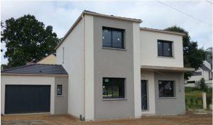 Maison Ema en L enduit biton menuiseries gris anthracite 7016 porche béton 4 pans effet toit plat dans les yvelines archidesign