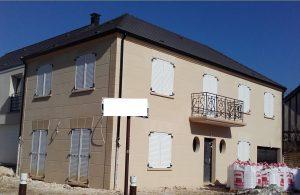 Maison Joa version bourgeroise avec trait au fer modenature cle de voute et balcon corniche dans les hautes de seine 92 archidesign