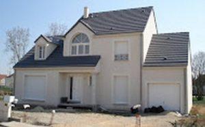 Maison Nae dans l essonne multiples decroches architecturaux plein cintre et fronton archidesign