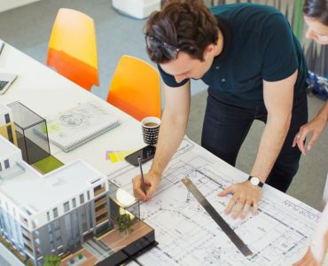 Votre Designer Conseiller Expérimenté à votre service