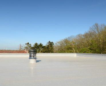 Les différentes techniques de construction des toits plats et d'étanchéité des toits plat